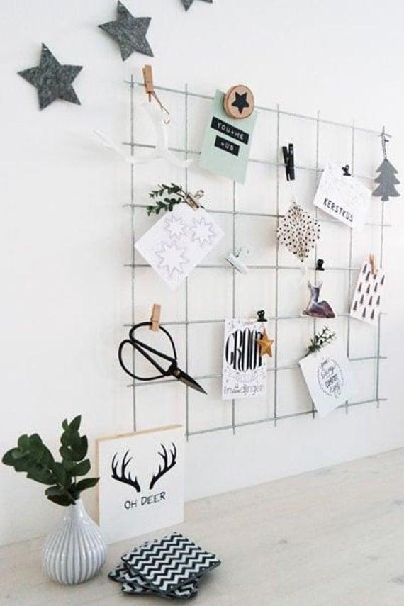 Graue wand drahtnetz kostenlose clips draht mesh memo board for Ikea wanddeko