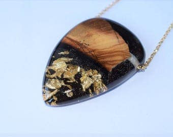 Wood Resin Pendant, Made in Italy, Handmade Necklace, B.Black n.13, Unique piece, Wood resin jewelry, Handmade Jewelry