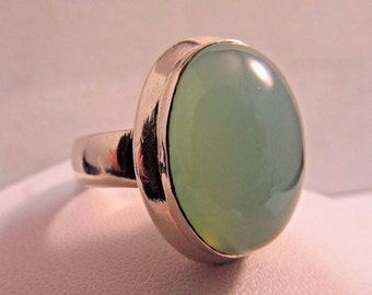 Vintage Sterling Silver Ring w/ Mint Blue Chalcedony Stone - Ring Size 10 #SR43
