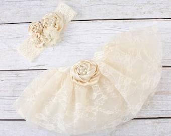 Newborn Girl Photo Outfit. Newborn Photoshoot Outfit. Newborn Photo Prop. Newborn Outfit. Lace Skirt. Newborn Skirt and Headband.