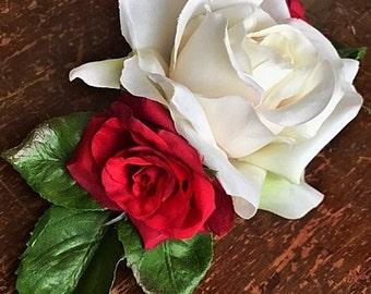 NOSY ROSIE (RED)- Wedding Dog Collar, Dog Flower Crown, Flower Dog Collar, White Roses, Red Roses, Romantic Flowers, Wedding Boquet, Boho