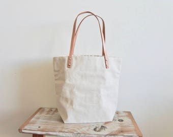 Tote Bag in Canvas with Leather