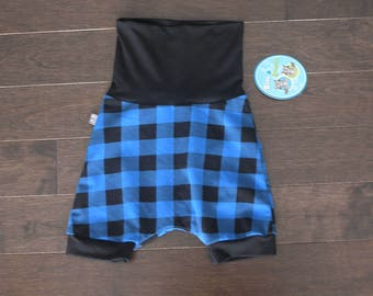 Hipster shorts scalable plaid blue with black stripes