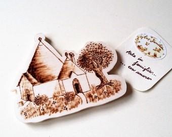 Wooden magnet Trullo-Pirografata or coloured Version
