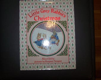 Little Grey Rabbit's Christmas by Alison Uttley  /  1988 HC w/DJ  / Excellent Condition