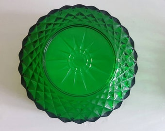 Two CUTE Emerald Green Glass Bowls - Dessert - Salad - Arcoroc France - Retro Vintage - Ice Cream