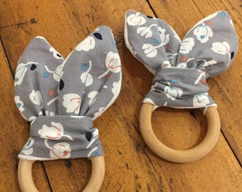 New Natural Wood Crinkle Sound Bunny Ears Teething Ring Toy, Grey & Floral