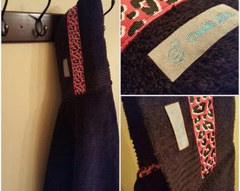 Black/Pink Leopard Towel-D! Hooded Bath Towel. Ready to Ship!