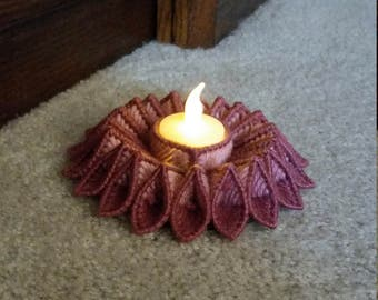 Plastic Canvas Burgundy and rose candle holder