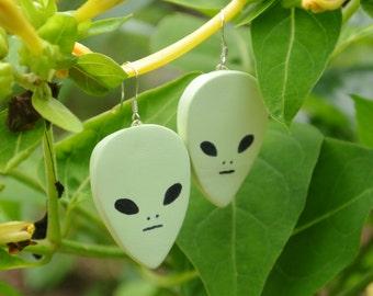 Alien baumeln Ohrringe