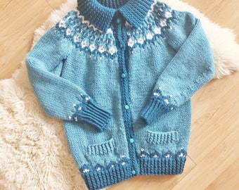 S A L E Vintage Buttoned Teal Blue Cardi // Handmade Nordic-Style Sweater
