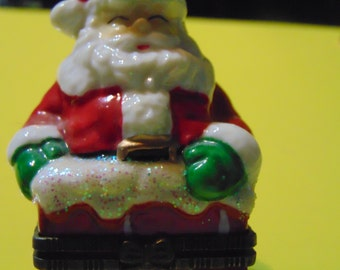 Cute Large Santa in Chimney with little Santa trinket Box