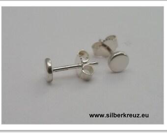 Stud earrings. Point. -925 Silver 4mm (O-1020)