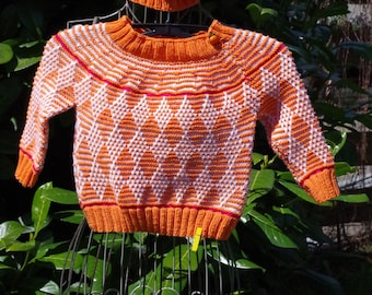 Beautiful Norwegian sweater made of pure merino wool