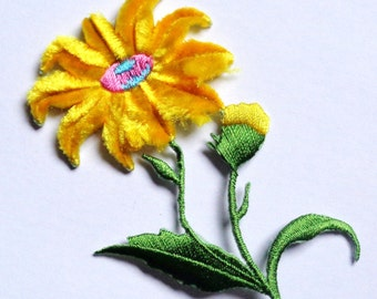 """Embroidered Iron-On Applique Chenille Daisy, 2+1/4"""" x 3+1/2"""" inch"""