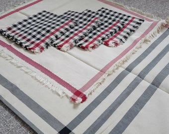 03-01-122-003 - Hand Made Table Cloth - ( medium )