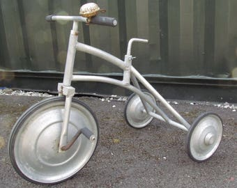 A super cool and rare art deco Vintage childs  tricycle. Probably French, 30's 40's. Made from aluminium