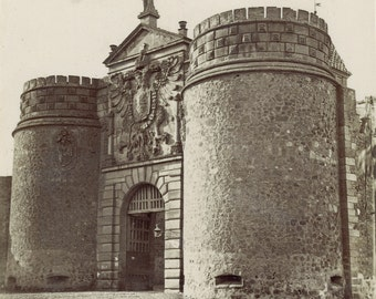 "Casiano Alguacil Toledo . La puerta de La Bisagra""The New Bisagra Gate"")"
