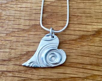Pretty heart pendant, heart pendant, heart necklace, bridesmaid gift, gift for bridesmaid, bridesmaid, gift, silver necklace, wedding gift