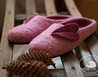 Valentines Day Gift Heart Slippers Womens House Shoes Ladies Slippers Felted Wool Slippers for Women Woolen Clogs Felted Clogs House Slipper