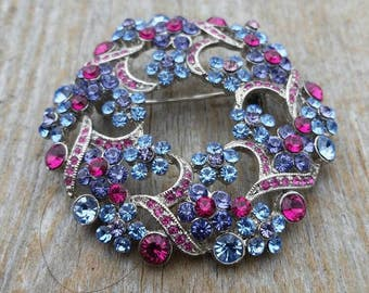 Rhinestone Flower Wreath Brooch