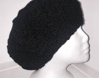 Black beret back hat