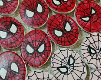 Spiderman and spidergirl polymer clay magnets, to thank the little guests of your party
