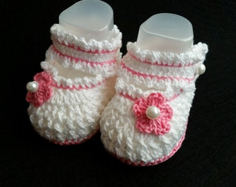 tender baby crochet booties 3-6 month