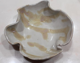 Handmade Medium Wavy Porcelain Bowl