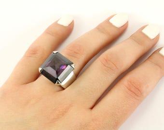 Vintage Women's Large Amethyst Color Crystal Ring 925 Sterling Silver RG 1252-E