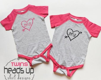 Twin First Birthday Onesies Girl - Twin One Baby Girl Birthday Shirts Raglan - 1 Bday tshirts Twin Girls - 1st Birthday Onesies Twins -