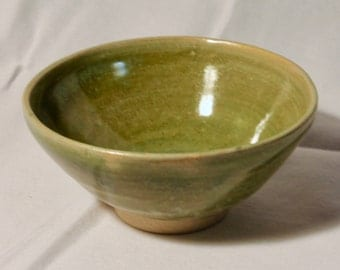 Small Spearmint Stoneware Bowl