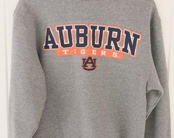 90's Vintage AUBURN TIGERS Gray Sweatshirt Auburn University Auburn Alabama Tigers War Eagle Size Small