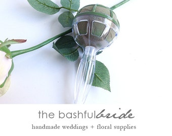 Wedding bouquet, bouquet holder, bridal bouquet, wedding flowers, wedding bouquet, bridesmaid bouquet, DIY bouquet, floral foam bouquet