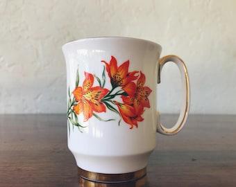Vintage Royal Windsor Prairie Lily Flat Cup