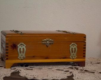 vintage small cedar jewelry box