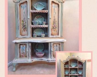 Wardrobe Cabinet. Painted furnitures