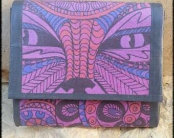 Porte-monnaie ou Porte carte petite pochette mauve motif yeux de chat mystique