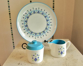 Swiss Chalet by Mar-Crest |  Cream and Suger Set with One Dinner Plate | Great Display Set | Midcentury Tableware | 1960's | Alpine Pattern