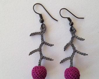 Hand Made Earring in silk - Juniper