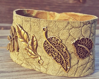 Leather leaf cuff