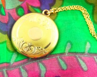 Engraved Locket Necklace - Swirling Locket - Engraved Locket - FHS Co - 1900s Locket - Gold Filled Locket - Wedding Locket - Vintage Jewelry