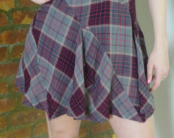 VIVIENNE WESTWOOD tartan plaid mini skirt Sz Small