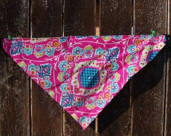 Pink Calico Personalized Dog Bandanas- Buckle-on