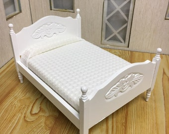 Dolls House Miniature White Double Bed