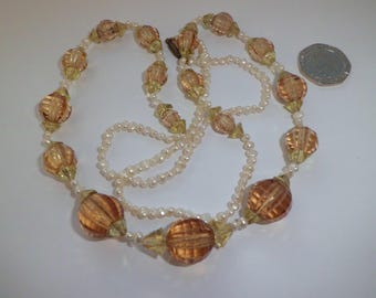 Vintage Art Deco Peach Crystal Glass Bead Necklace