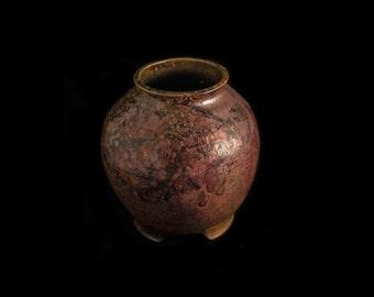 R 6 Raku vase with feet