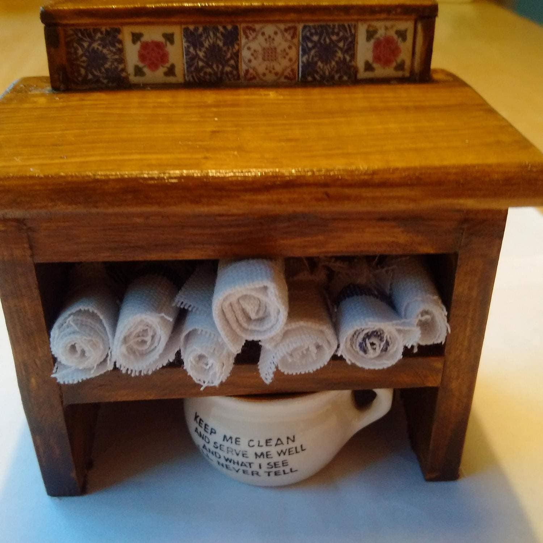 Com in stile vittoriano mobili di legno in miniatura fatto a - Mobili stile vittoriano ...