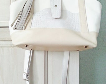 leather doctorsbag, leather doctor's bag, ladies handbag, short handle, shoulder bag, white and creamy white