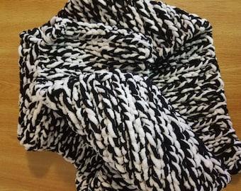 Huge Heavy Crochet Comfy Super Soft Stretchy Bulky Scarf
